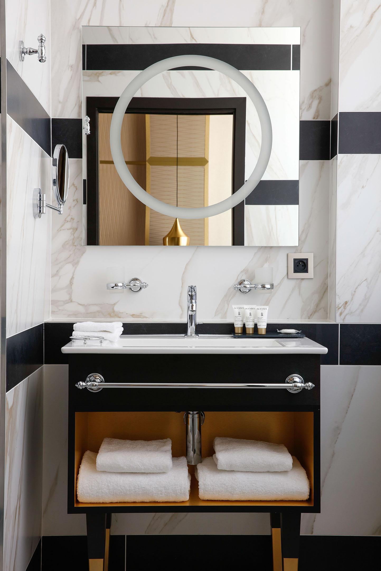 chambre-privilege-salle-de-bain-01