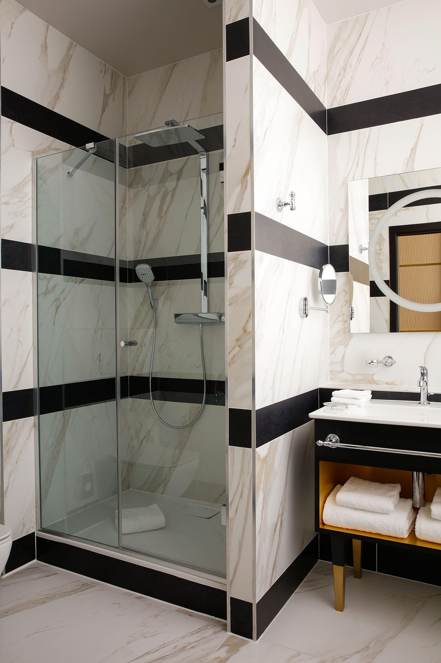 chambre-privilege-salle-de-bain-02